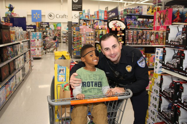 Cops and Kids Christmas Shopping Event